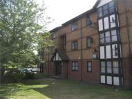 1 bedroom Flat in Frobisher Road, Erith...
