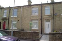 property to rent in Thornhill Road, Brighouse