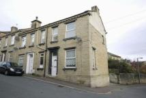 2 bed End of Terrace property in Thomas Street, Rastrick...