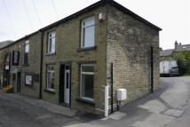 2 bedroom End of Terrace property to rent in Upper Bonegate, Brighouse