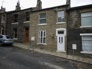 Terraced home to rent in Lower Newlands, Brighouse