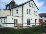 5 bedroom semi detached house in Burgh Heath
