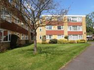 3 bedroom Flat in SANDOWN LODGE