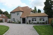 4 bed Detached property in Tadworth