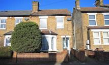 Flat in Osterley Park View Road...