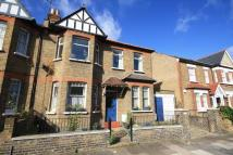 Flat to rent in Kingsley Avenue, Ealing