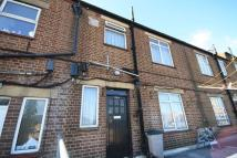 3 bedroom Flat in The Broadway, Greenford...