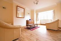2 bed Flat to rent in Southdown Avenue, Hanwell