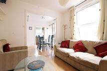 Flat to rent in Oaklands Road, Hanwell