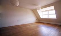 2 bedroom Flat in Windmill Road, Brentford