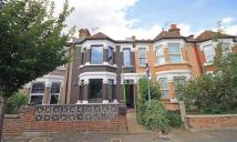 2 bedroom Flat in Drayton Avenue, Ealing...