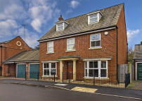 Otterbourne Walk Detached house for sale