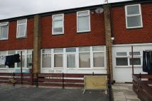 Apartment to rent in St Johns Way, Corringham...
