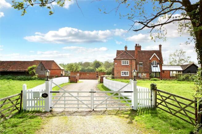 House Entrance Gates