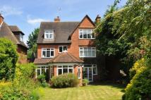 5 bed Detached home to rent in Boyn Hill Road