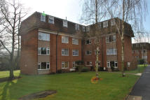 2 bed Flat to rent in Lambs Close, EN6