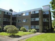 Ground Flat to rent in Heathfield Close...