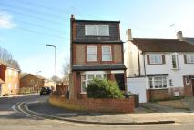 1 bed Ground Flat in Bells Hill, High Barnet...