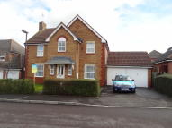 4 bed Detached property in Ashdown Way...