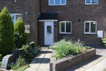 2 bed Terraced house in Castle Dore, Freshbrook