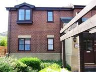 2 bedroom Flat in 21 Walton Grange...