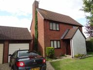 3 bed home in Yew Tree Close...