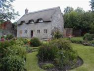 Cottage to rent in Nr TISBURY