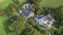 13 bed Farm House for sale in Llansteffan