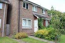2 bedroom house to rent in Maple Drive...