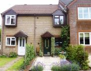 2 bedroom property in Maud Close, Devizes...