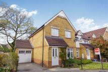 3 bedroom semi detached property for sale in Tunbridge Way...