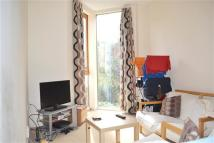 2 bedroom Flat in Leathwell Road, Deptford