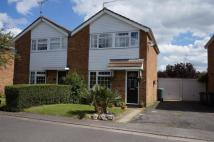 3 bed semi detached property in Bideford Green, Linslade...