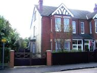 3 bed semi detached property to rent in The Avenue, Flitwick