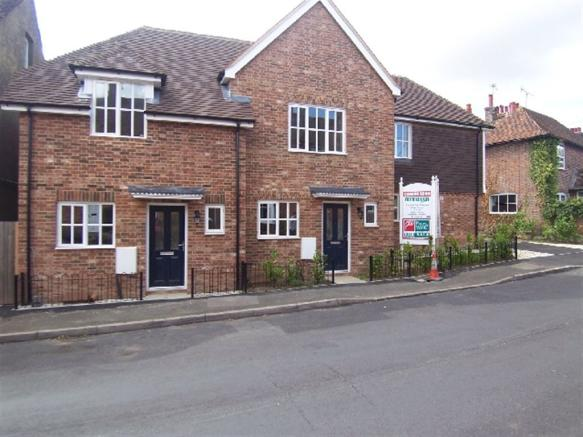 2 Bedroom House For Sale In West Street Harrietsham Maidstone Kent ME17