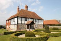 5 bed Detached property in Dane Lane, Hartlip...