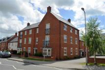 Flat to rent in Alchester Court...