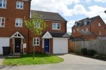 3 bedroom semi detached house to rent in Burcote Fields...