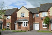 3 bedroom semi detached house to rent in Surtees Way, Towcester...