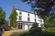 4 bedroom Detached property to rent in The Crescent, Pattishall