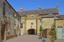 1 bedroom Flat to rent in White Horse Yard...