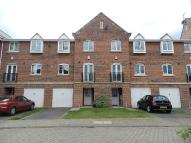 3 bedroom house to rent in Smiths Court, Northampton