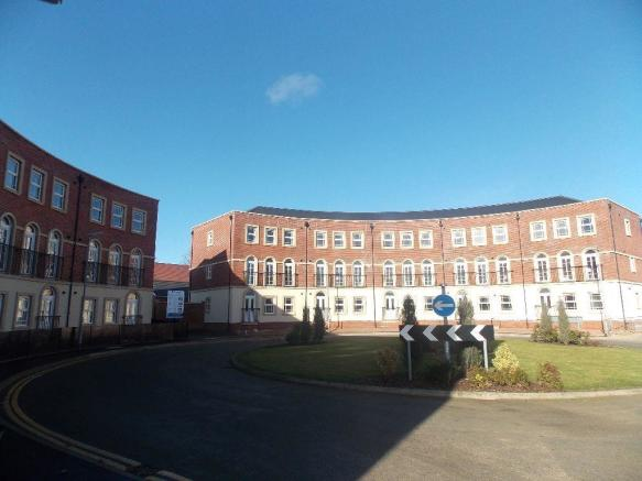 2 Bedroom Flat To Rent In Oak Grove Cherry Orchard Nn3