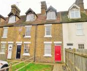 3 bedroom Terraced house in Ivy Street, Rainham...
