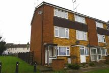 2 bed Flat in Scott Avenue, Rainham...