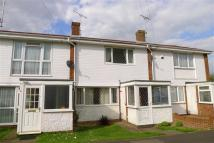 Terraced home to rent in Foxburrow Close, Rainham...