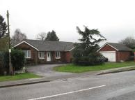4 bedroom Bungalow for sale in Finedon Road...