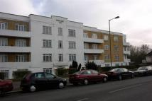 Apartment to rent in Vincent Court, Hendon...