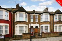 Apartment for sale in Mordaunt Road, London...