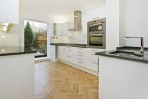 4 bedroom home in Purves Road, Kensal, NW10